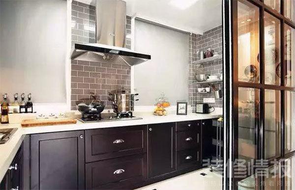 厨房油烟机后要贴瓷砖吗?1.jpg